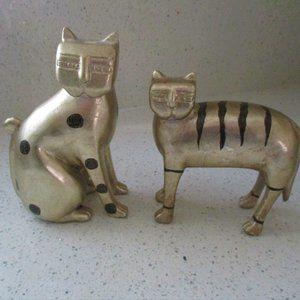 Set of 2 Laurel Burch Cat Bookends / Figures